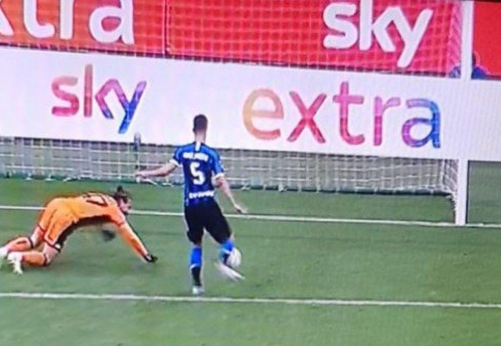 Sassuolo - Inter: 10 motivi per cui schiacceremo l'Inter 4 Ranocchiate